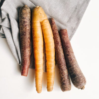 2 lb Yellow and Purple Carrots